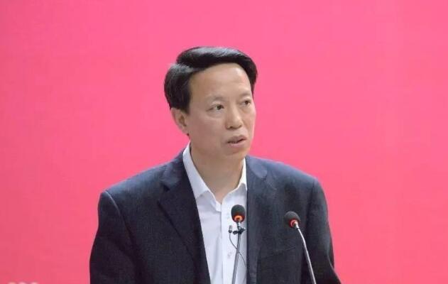 张天佐:准确把握乡村治理的方向和重点